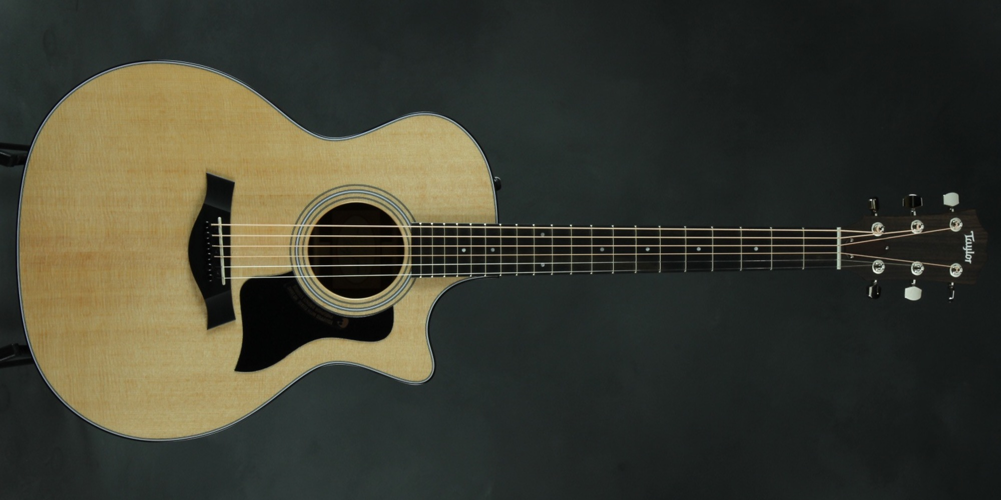 Dating martin guitars with serial numbers