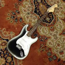 Squier Standard Series Stratocaster Silverburst image