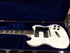 Guild S-100 Polara  White w/Hardshell Case image