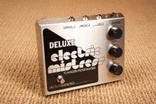Electro-Harmonix Deluxe Electric Mistress Guitar Pedal image