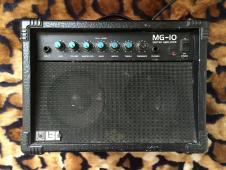 Boss MG-10 Amplifier Vintage 80's Practice Amp image