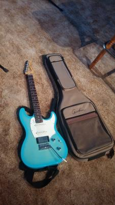 Godin Session Limited Edition Coral Blue image