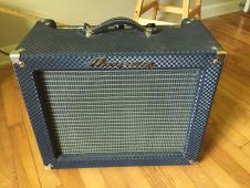 AMPEG Jet J-12T 1990's Blue and Silver image