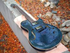 Godin Flat Five 2007 Blue flame image