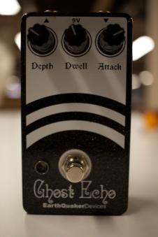EarthQuaker Devices Ghost Echo  Black image