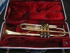 Kent Trumpet Great for Student or Novelist image