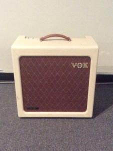 Vox Handwired AC15H1TV With Blue Alnico Speaker 2007 Cream image