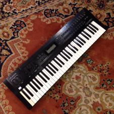 Alesis QS6.1 64 Voice Expandable Synthesizer image