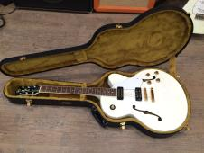 Yamaha AES1500 Pearl Snow White, Made in Japan, OHSC image