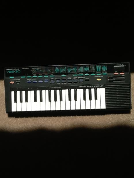 Rare yamaha vss 30 portasound sampling keyboard made in for Yamaha mx61 specs