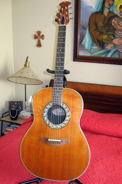 Acoustic Electric - Ovation Celebrity