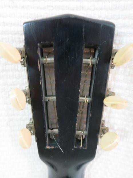 vintage 1940s le domino parlor guitar regal j r stewart co lyon healy rare chicago classic. Black Bedroom Furniture Sets. Home Design Ideas