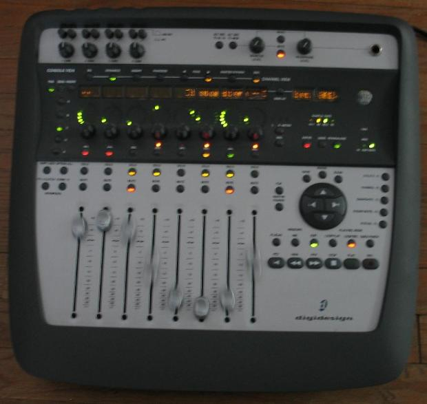Avid digidesign digi 002 digi002 console recording for Daw control surface motorized faders