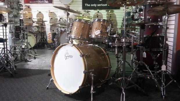 Gretsch New Classic Silver Metallic Gretsch Drums New Classic Gold