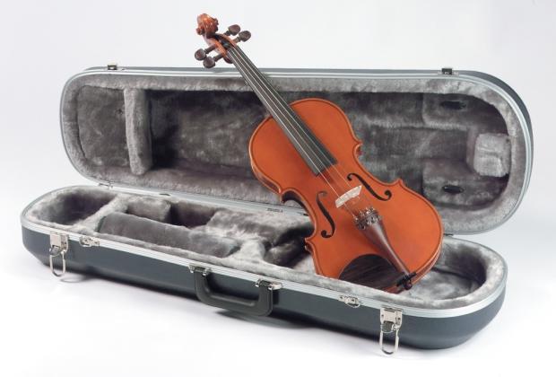 Yamaha av5 4 4 student violin reverb for Violin yamaha 4 4