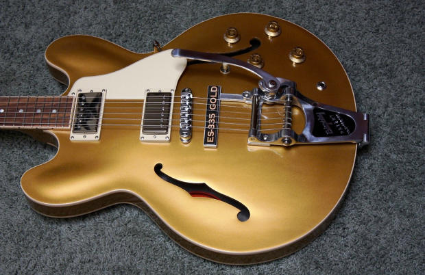 gibson es 335 dot gold with bigsby vibrato 2013 mint 2013 gold top and case reverb. Black Bedroom Furniture Sets. Home Design Ideas