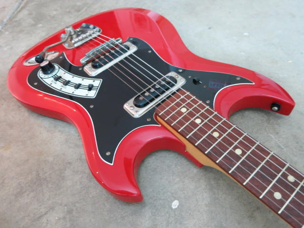 vintage 1960s hagstrom ii electric guitar near mint cherry red with tremolo bar reverb. Black Bedroom Furniture Sets. Home Design Ideas