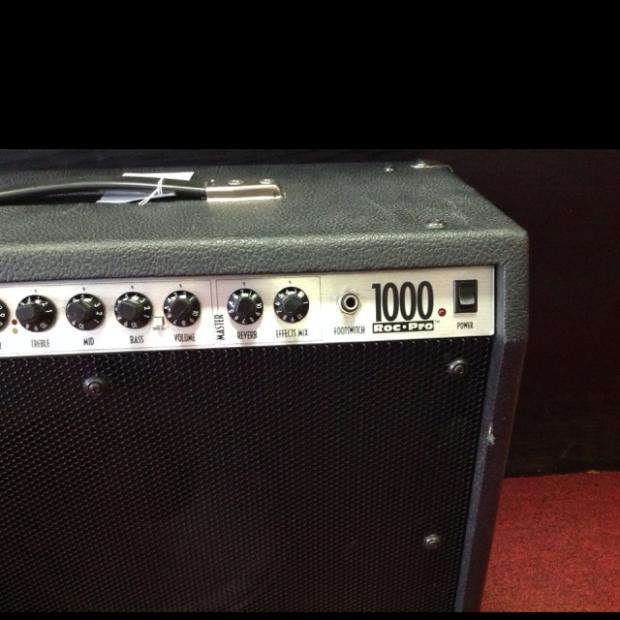 Fender Roc Pro 1000 Combo Guitar Amp Fender Roc Pro 1000 Combo Made