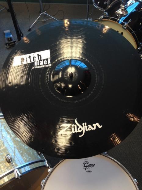 Zildjian Pitch Black Cymbals Zildjian Pitch Black 20 Crash