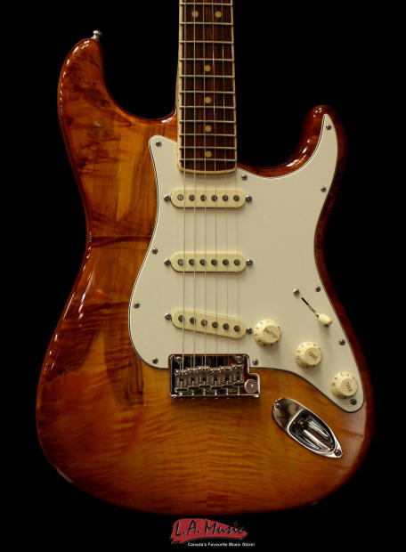 Fender Select Stratocaster Exotic Maple Quilt Channel