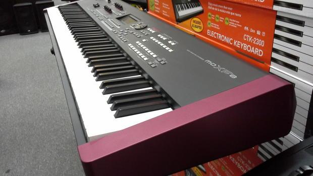 Yamaha moxf8 88 key synthesizer workstation 2014 with for Yamaha moxf8 88
