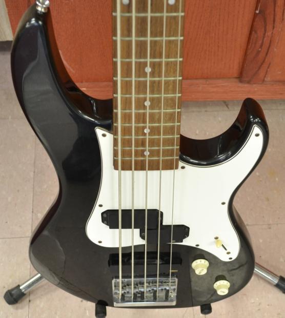 Yamaha Attitude Standard Bass