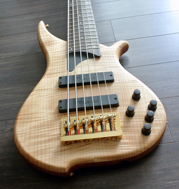tune twb63 fm 6 string bass flamed maple new authorized canadian dealer image. Black Bedroom Furniture Sets. Home Design Ideas