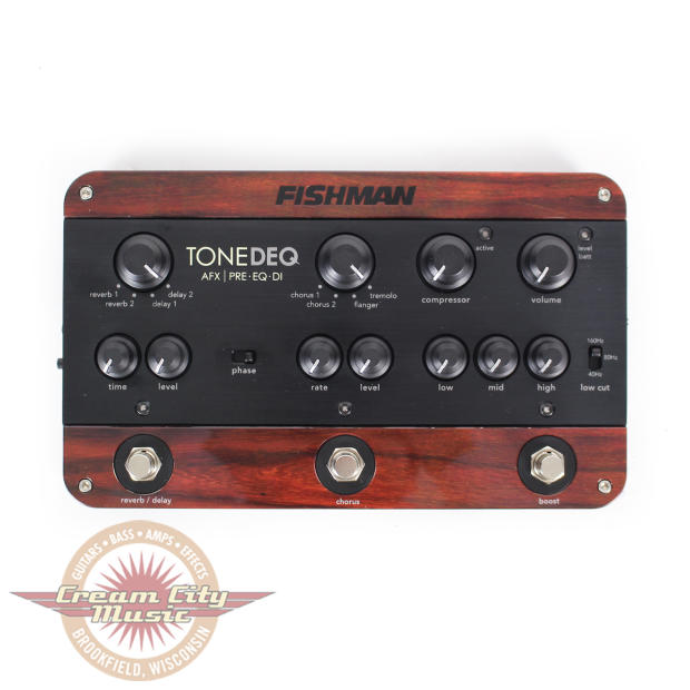 fishman tonedeq acoustic guitar preamp multi effects pedal image. Black Bedroom Furniture Sets. Home Design Ideas