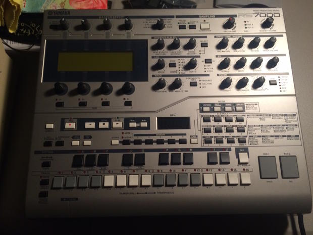 Yamaha rs7000 reverb for Yamaha mx61 specs
