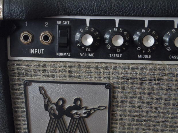 Musicman hd 130 Amp Head Musicman hd 130 212