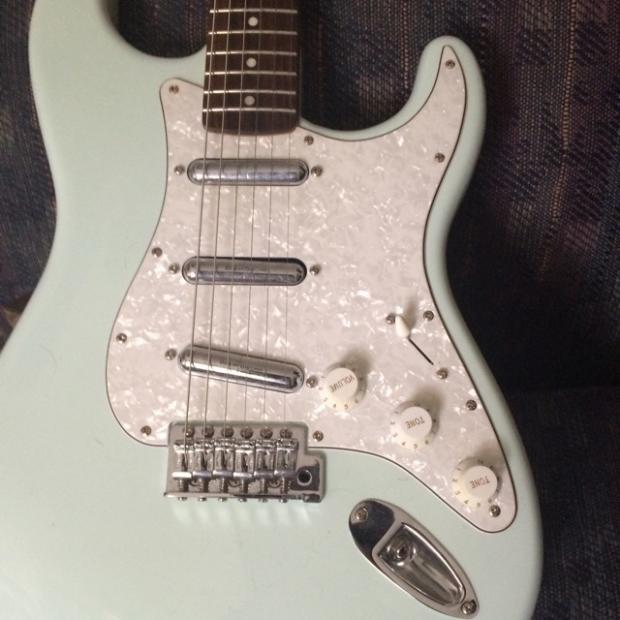 Fender Squire Stratocaster Lipstick Pickups Rosewood Neck
