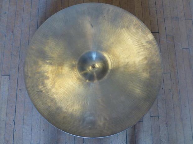 vintage zildjian avedis 24 ride cymbal 1960 39 s reverb. Black Bedroom Furniture Sets. Home Design Ideas