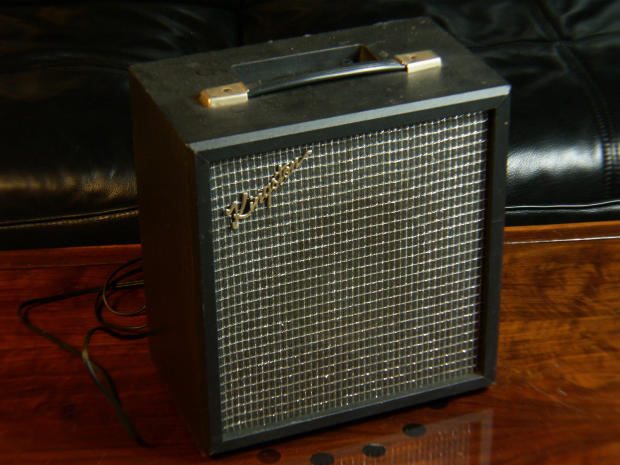 kingston p2nc vintage guitar combo amplifier not working project repair as is free ups. Black Bedroom Furniture Sets. Home Design Ideas