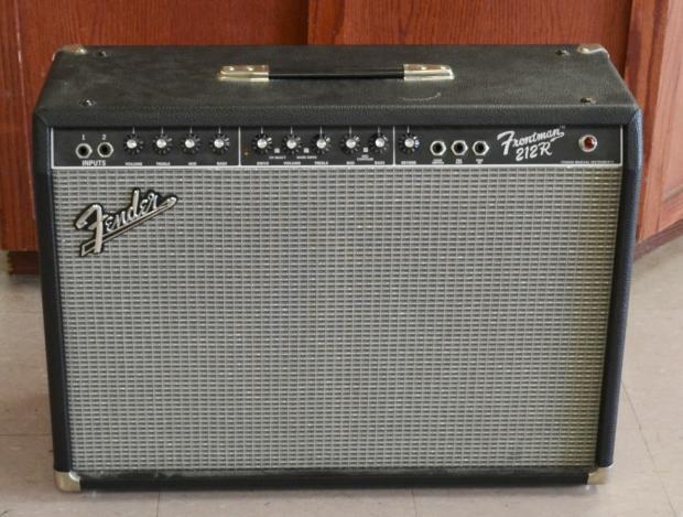 fender frontman 212r guitar amplifier amp 100w 2x12 reverb. Black Bedroom Furniture Sets. Home Design Ideas