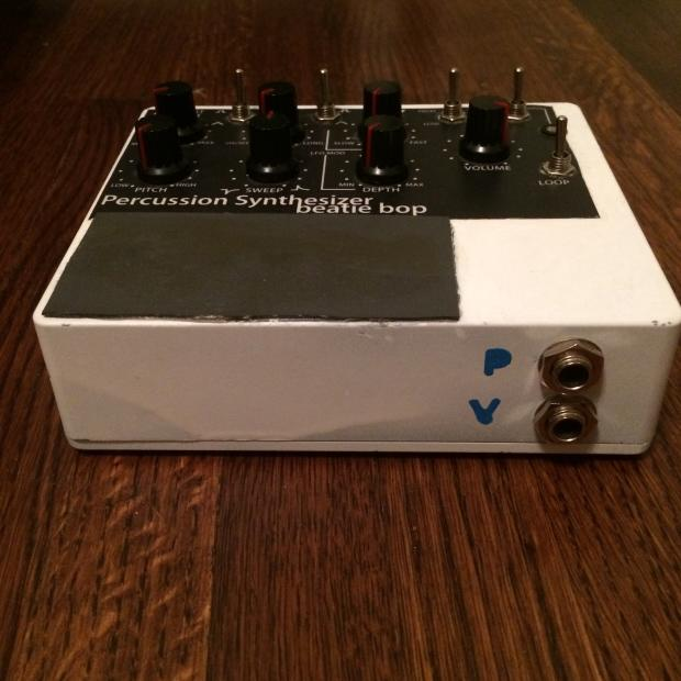 beatie bop analog percussion synthesizer  oscillator  looper