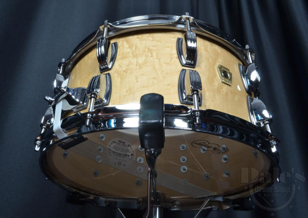ludwig usa classic maple snare drum with exotic birdseye veneer image. Black Bedroom Furniture Sets. Home Design Ideas