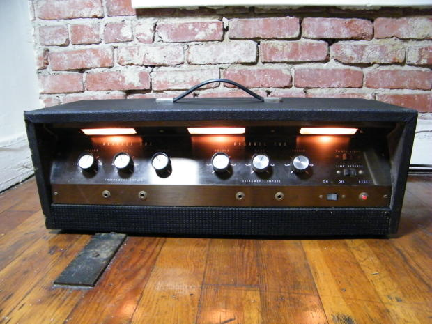 airline valco gim 9151a stereo amp head 1960 39 s two 6l6 heads in one guitar bass rare reverb. Black Bedroom Furniture Sets. Home Design Ideas