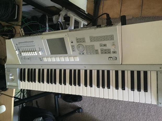 korg m3 61 key xpanded keyboard workstation synthesizer white reverb. Black Bedroom Furniture Sets. Home Design Ideas