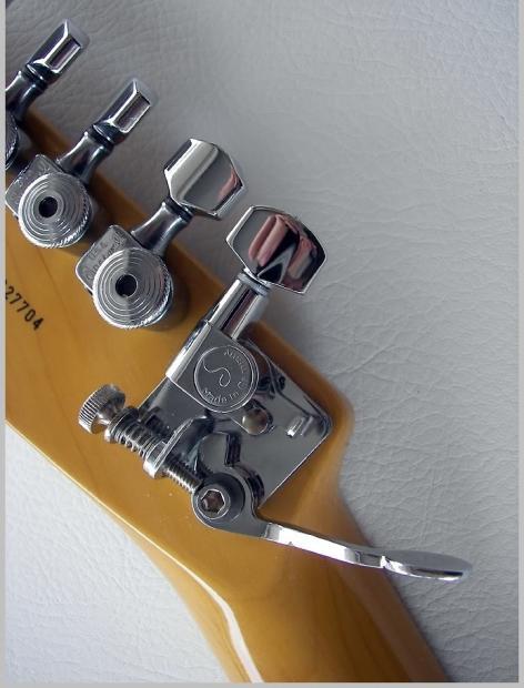 hipshot drop d tuner gt2 xtender w schaller tuner for guitar tuning peg machine head b bender. Black Bedroom Furniture Sets. Home Design Ideas