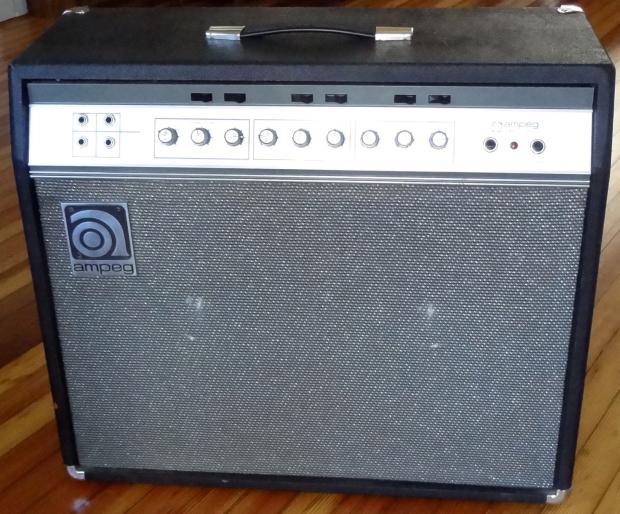 Ampeg V-4B Bass Amplifier Head (100 Watts)
