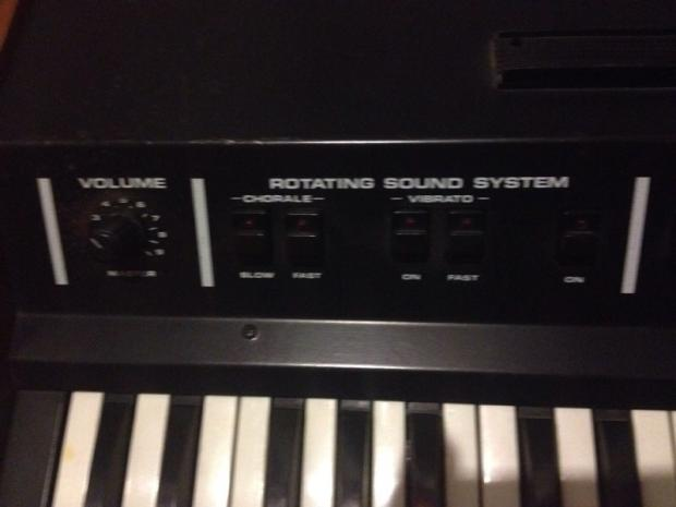Crumar tocatta 1976 wood reverb for Yamaha cp4 weight