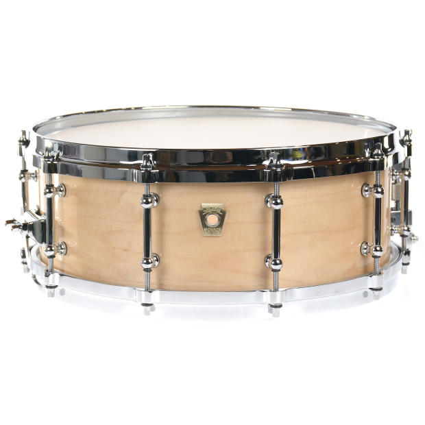 ludwig 5x14 classic maple snare drum chrome cast hoops tube lugs p86 brass badge nat maple. Black Bedroom Furniture Sets. Home Design Ideas