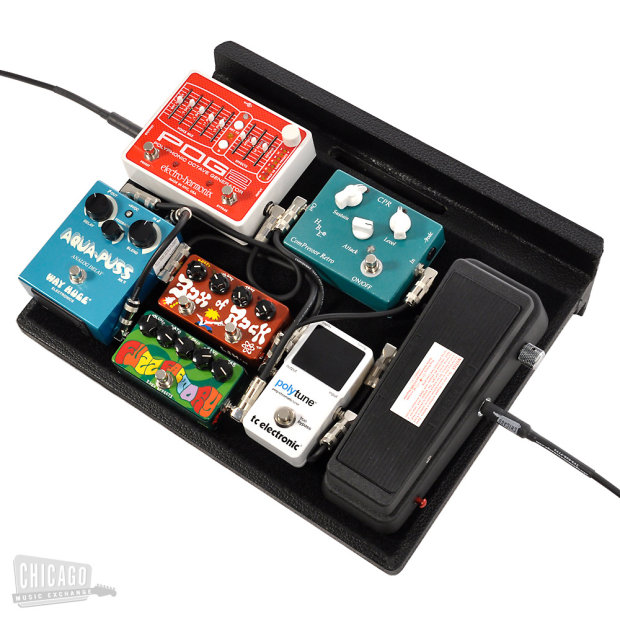 gator powered pedal tote small pedalboard reverb. Black Bedroom Furniture Sets. Home Design Ideas