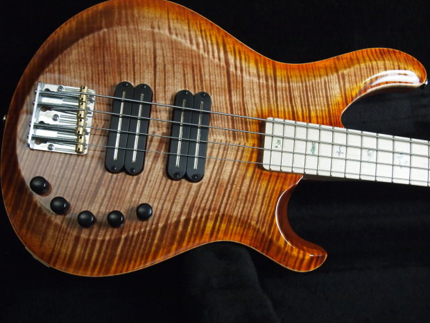 paul reed smith gary grainger 4 string bass 2013 autumn sky 10 top reverb. Black Bedroom Furniture Sets. Home Design Ideas