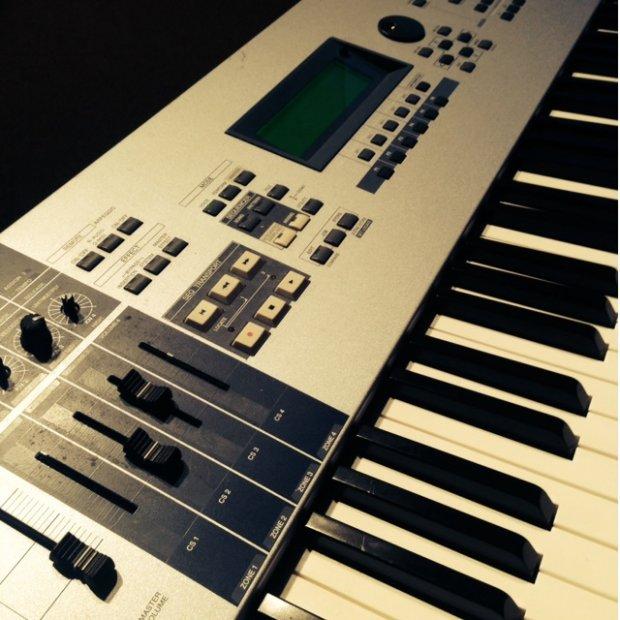 Yamaha motif es8 reverb for Yamaha mx61 specs