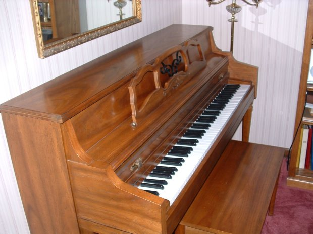 conn a145 upright acoustic piano reverb. Black Bedroom Furniture Sets. Home Design Ideas