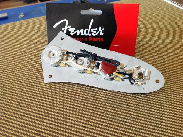 Genuine Fender Prewired Jazz Bass Control Plate  Pots