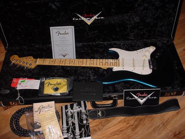 2012 Fender Custom Shop Custom Deluxe Stratocaster Blue