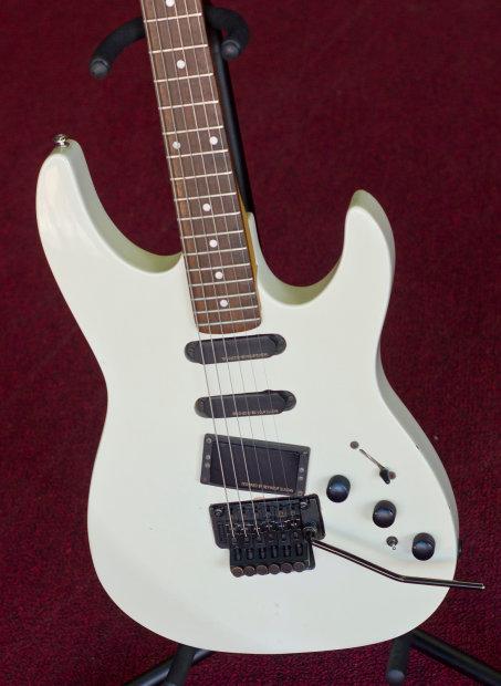 vintage 1980s kramer 610 electric guitar floyd rose duncans reverse headstock reverb. Black Bedroom Furniture Sets. Home Design Ideas