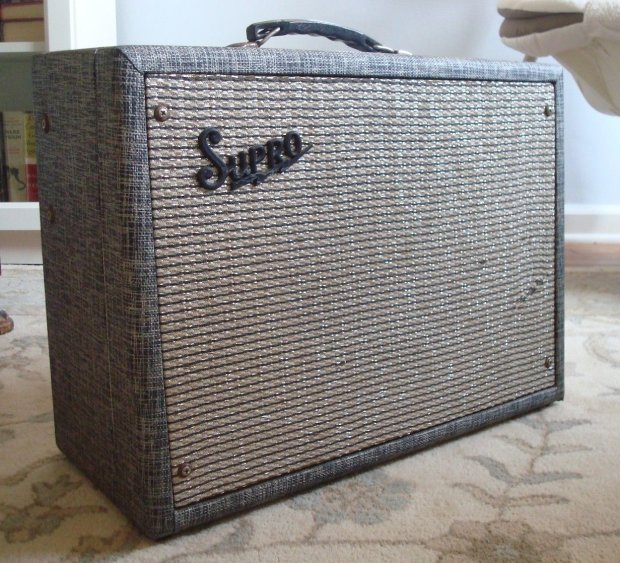 final price drop vintage 1965 supro tremo verb 6422tr valco made electric guitar amplifier amp. Black Bedroom Furniture Sets. Home Design Ideas